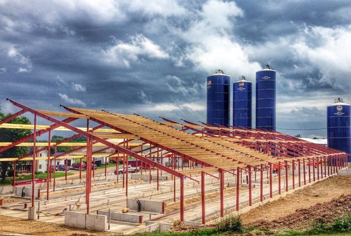 Agricultural Construction: Freestall Barn:  Clover Hill Dairy, Campbellsport, WI